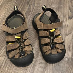 Keen Sandals Brown Size 1